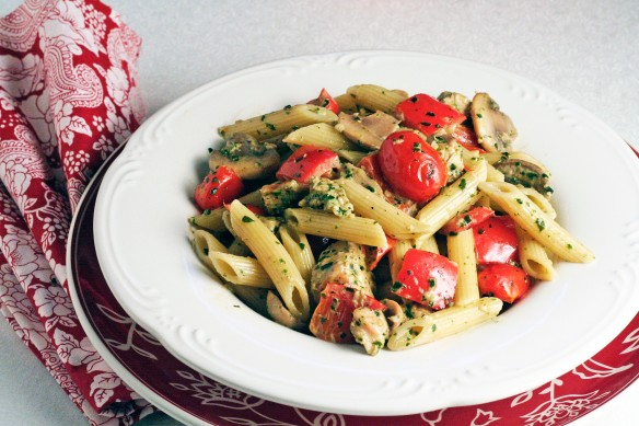 Penne and Chicken in Pesto Cream Sauce