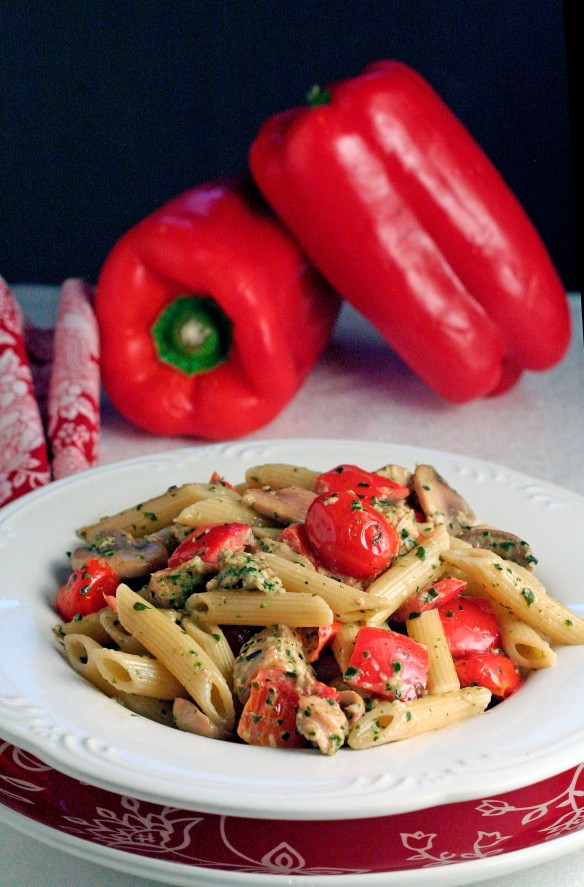 Penne with Chicken in Pesto Cream Sauce