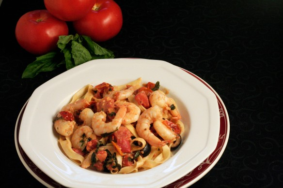 Fresh Pasta with Shrimp in Creamy Tomato Sauce