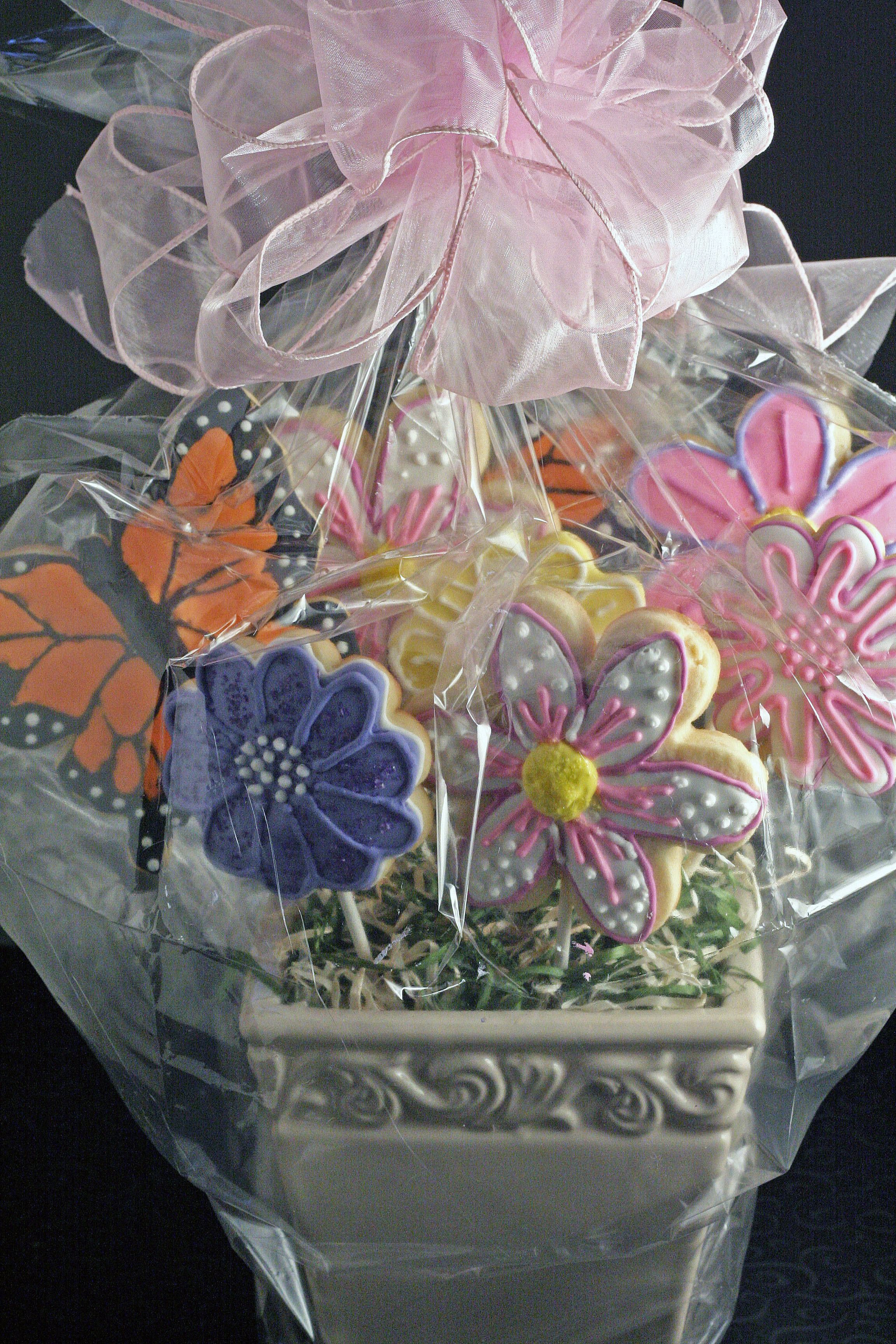 Flower and Butterfly Cookie Bouquet – Say it With Cookies! | Pasta ...